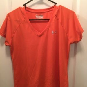 Under Armour Semi-Fitted heat gear short sleeve